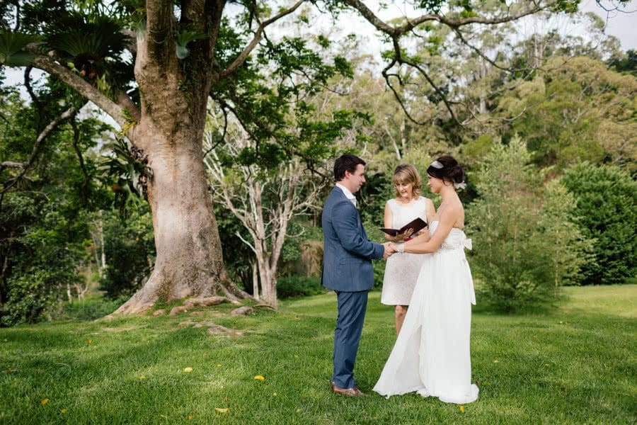 maleny_manor_elopement_scott_and_kylie008